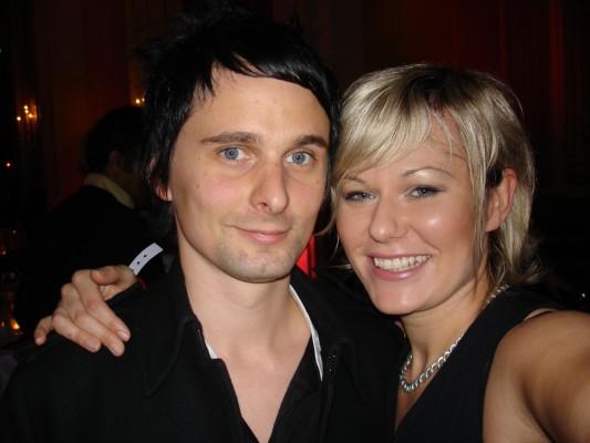 Muse-Matthew Bellamy vocals, guitar